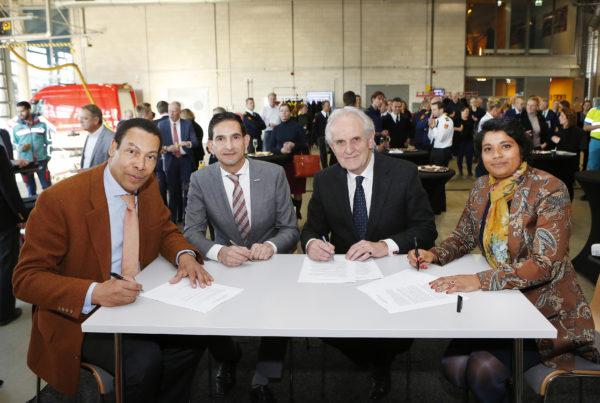 ondertekening samenwerkingsovereenkomst 4 december 2019